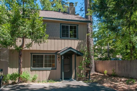 Pettingell - LFG 98 Vacation Rental in Tahoe City - RedAwning