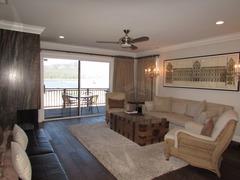 029 Lakefront Luxury