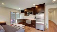 3639 Dayton Apartment