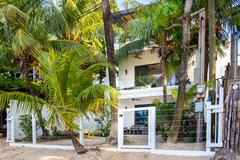 Bella Luna Beach House #226859