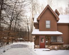 Snow Diggs (3-Bedroom Cabin)