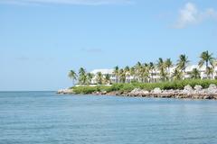 Waterfront Luxury Villa 34