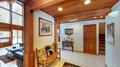 Donner Lake Vacation Lodge
