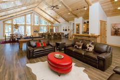 1750- Heavenly Log Home