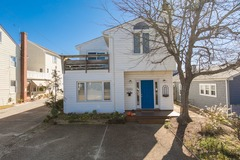 116 A 69th Street Cottage