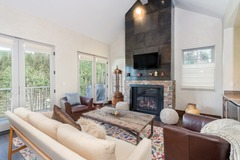 3 Bdr Townhome with Breathtaking Mountain Views