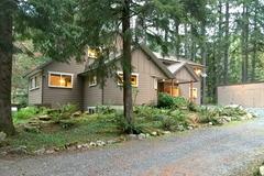 Mount Baker Cabin #3