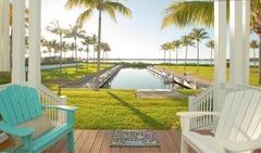 Waterfront Luxury Villa 43